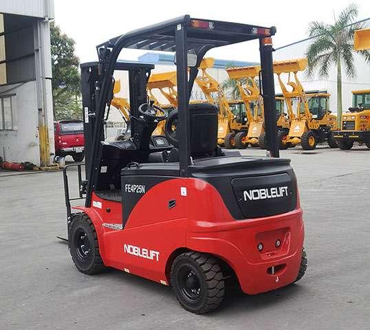 Diễn đàn rao vặt: Xe nâng điện Noblelift ngồi lái giá cạnh tranh số 1 thị trường Mat-sau-xe-nang-dien-noblelift-ngoi-lai
