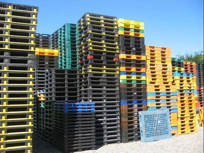 thanh-ly-pallet-nhua-cu-gia-re