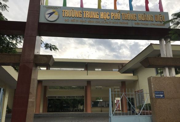 truong-thpt-o-soc-trang-ha-diem-chuan-de-con-can-bo-dau-lop-10