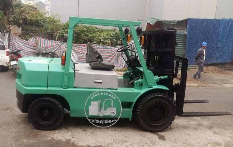 xe nâng dầu cũ mitsubishi 4 tấn