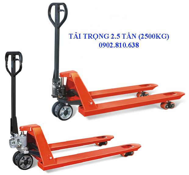 xe-nang-tay-2-5-tan-keo-day-pallet-2500kg
